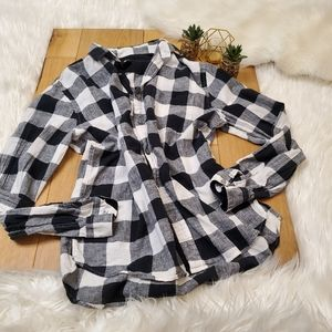 H&M Black and White Plaid Flannel #1080